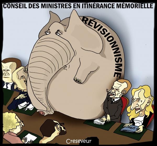 Macron délocalise le conseil des ministres à Charleville.jpg