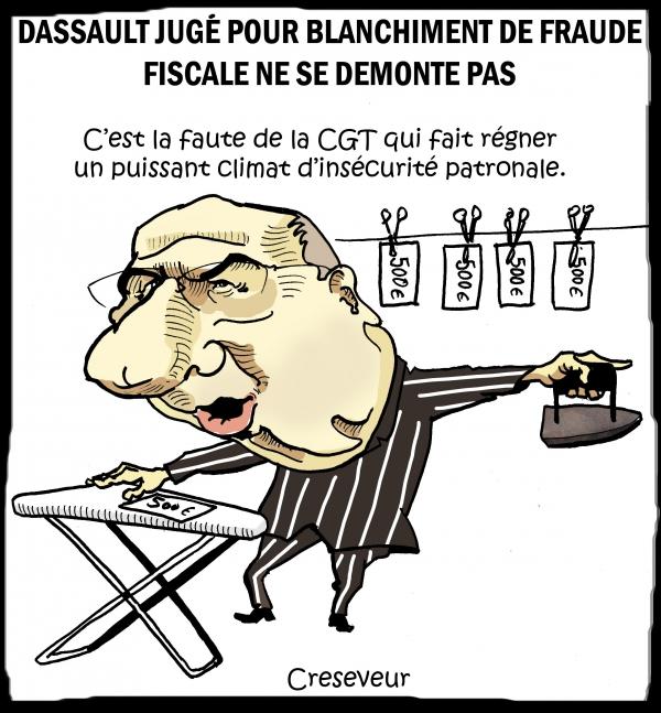 Dassault au tribunal 2.JPG