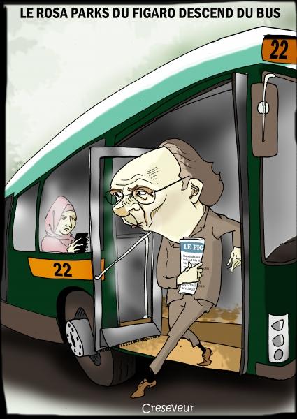 Yves Thréard descend du bus en cas de foulard.JPG